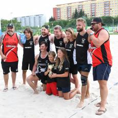 Vítězný tým mixu s pořadateli turnaje