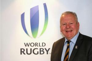 Bill Beaumont byl znovuzvolený předsedou světové ragbyové federace World rugby