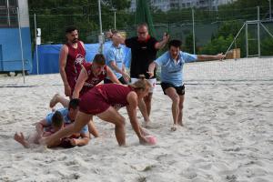 Devatenáctý ročník v plážovém ragby v Praze vyhráli muži Sparty, ženy  Tatry a mix z Petrovic