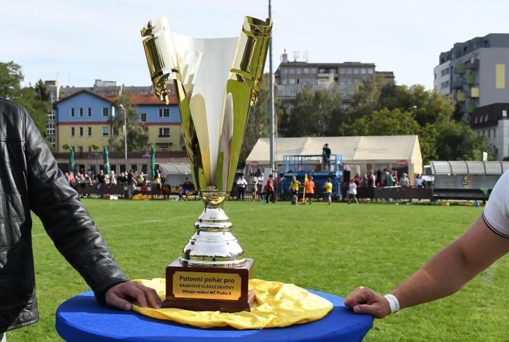 Nový Vysočanský pohár vybojovali v derby klubových týmů  z Prahy 9 ragbisté Sparty