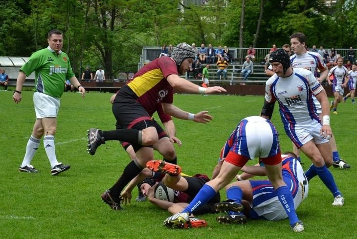 Semifinálové dvojice play off jsou Praga - Sparta a Vyškov - Tatra